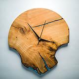 Hodiny - RAW Resin 7 - Čerešňové drevené hodiny - 10886659_