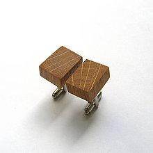 Šperky - Drevené manžetové gombíky - dubové kvádriky - 10886384_
