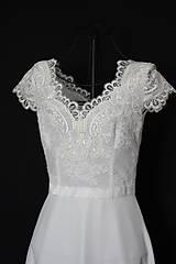 Šaty - Svadobné šaty s V výstrihmi a polkruhovou sukňou - 10888267_