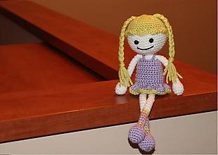 Hračky - Háčkovaná bábika Líza - 10888466_
