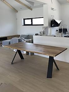 Nábytok - Masívny stôl z dubového dreva - 10888291_