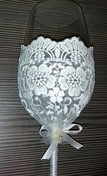 Nádoby - Svadobný čipkovaný pohár - víno - 10890248_