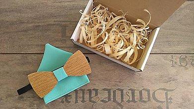 Doplnky - Pánsky drevený motýlik + vreckovka - 10890551_