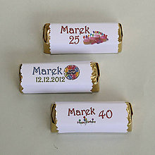 Papiernictvo - Čokoládová menovka na narodeniny - ozdobný okraj, text, obrázok podľa želania - 10891028_