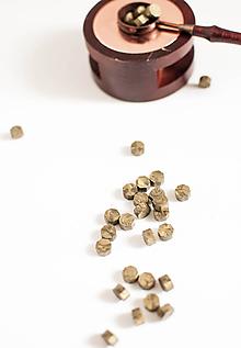 Suroviny - Pečatný vosk - granulát / až 32 odtieňov (Antická - Zlatá) - 10890272_