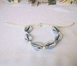 Náramky - Pokovené náramky z mušlí kauri (Bledomodrý náramok) - 10890607_
