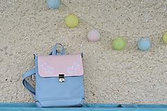 Batohy - Hugo kabelkobatoh midi (ružovosivý) VÝŠIVKA - 10891752_