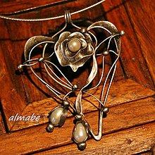Náhrdelníky - Z lásky (perly) - 10893312_