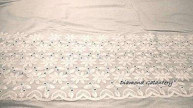 Textil - Madeira - biela kvety - cena za 10 centimetrov - 10896357_