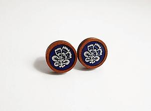 Náušnice - Drevené živicové náušnice - Folklórny kvet - 10895037_