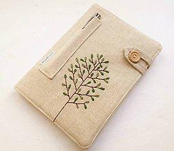 Papiernictvo - Zápisník vyšívaný A5 - Zelený strom - 10897557_