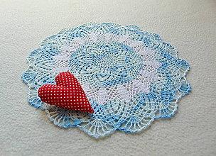 Úžitkový textil - Háčkovaná dečka V bledomodrom - 10896260_