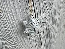 Malá trblietavá hviezda (biela + strieborná)