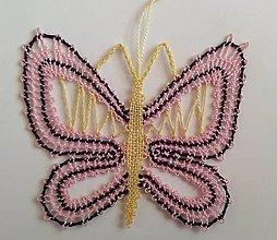 Dekorácie - Paličkovaný motýlik - 10895624_