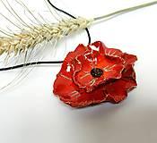 Náhrdelníky - Keramický šperk - Vlčí mak - 10896926_