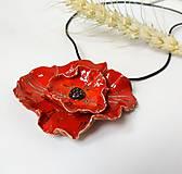Náhrdelníky - Keramický šperk - Vlčí mak - 10896929_