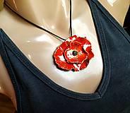 Náhrdelníky - Keramický šperk - Vlčí mak - 10896933_