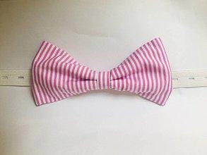Doplnky - ružový pásikavý motýlik - 10895414_