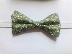 Doplnky - zelený kvietkovaný motýlik - 10895471_