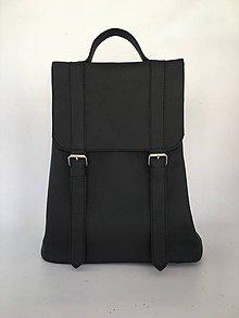 Batohy - Čierny kožený batoh - 10897210_
