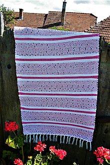 Úžitkový textil - Tkaný koberec bielo-modro-ružový dlhší - 10896019_