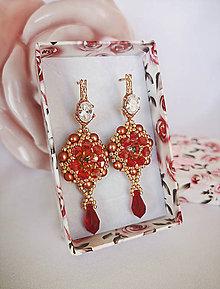 Náušnice - Šité náušnice ružové zlato, Swarovski, mosadz - 10896952_