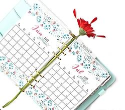 Papiernictvo - Kalendáre A5 na celý rok (PDF na stiahnutie) - 10899093_