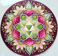 Dekorácie - Mandala empatie a lásky k životu - 10898860_