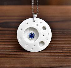 Náhrdelníky - Moon (porcelánový šperk se zirkonem) - 10900307_