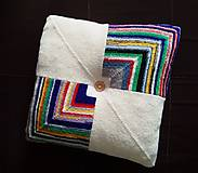 Úžitkový textil - Pletený vankúš s gombíkom smotanovo-farebný - 10897624_