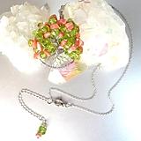Náhrdelníky - Strom štěstí s olivínem a rodochrozitem - 10898139_
