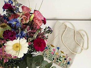 Nákupné tašky - Vyšívaná taška - 10897960_