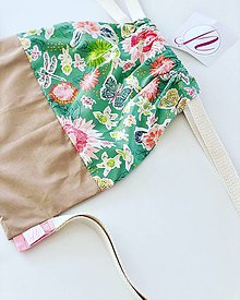 Batohy - Kvetovaný zeleno béžový batoh Deni - 10898032_