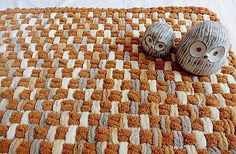 Úžitkový textil - Jemný a ľahučký prepletaný koberček - 10900230_