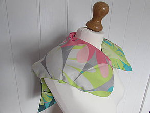 Úžitkový textil - Pohánkový vankúšik na ramená a chrbticu kvety - 10902232_