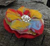 Odznaky/Brošne - plstený kvet pestrofarebný / 100mm - 10903064_