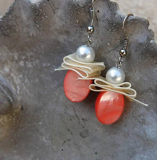perleťové lososové krásky