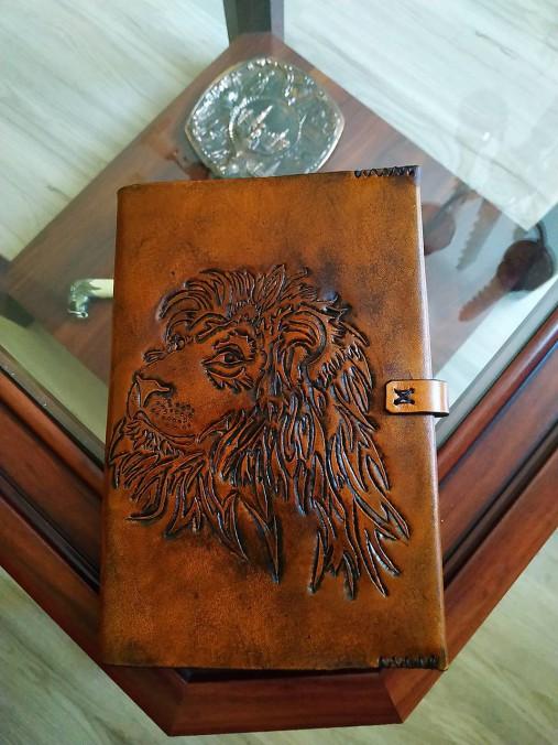 Kožený obal na knihu alebo zápisník