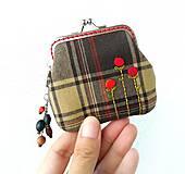 Peňaženky - Peňaženka mini  Károvaná s kvietkami - 10900628_