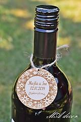 Darčeky pre svadobčanov - Drevená visačka na víno 1 - 10904336_