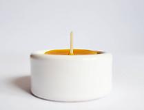 Svietidlá a sviečky - Čajová sviečka - BEE (9ks balenie) - 10903796_