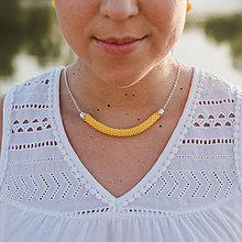 Náhrdelníky - SNAKE žltý náhrdelník - 10906382_