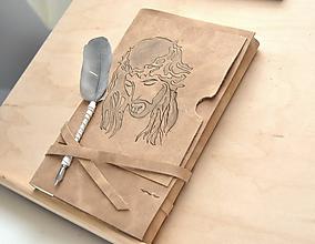 Papiernictvo - kožený zápisník INRI na želanie - 10908805_