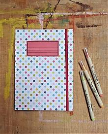 Papiernictvo - Zápisník A5 linajkový - bodkovaný - 10910348_