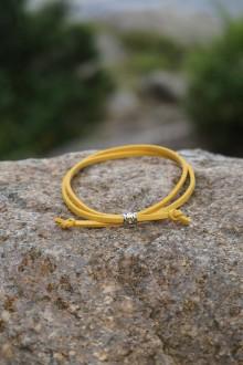 Náramky - Náramok zaťahovací jednoduchý (Žltá) - 10909765_