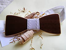 Iné doplnky - Drevený, lesklý motýlik - 10909870_