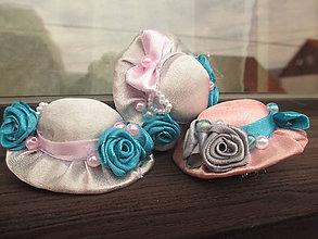 Ozdoby do vlasov - romantické klobúčiky - 10908894_