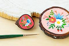 Odznaky/Brošne - Ručně malovaná brož s květy - sytě růžová - 10911776_
