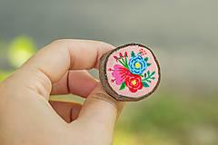 Odznaky/Brošne - Ručně malovaná brož s květy - světle meruňková - 10911784_