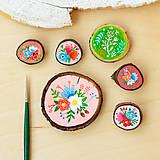 Odznaky/Brošne - Ručně malovaná brož s květy - světle meruňková - 10911796_